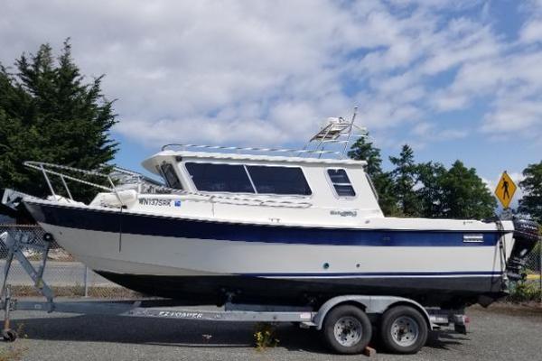 Sea Sport 24' Explorer 2400 2001