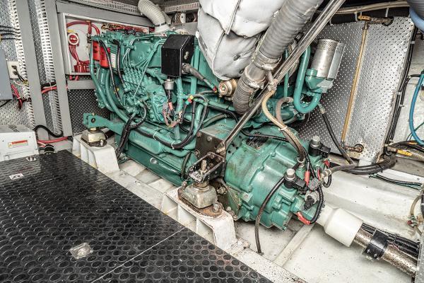2001 Horizon 51' Sedan Motor Yacht OKIE DOKIE   Picture 6 of 46