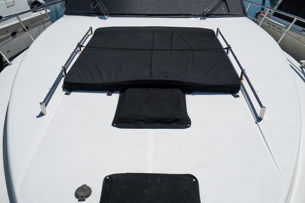 2001 Horizon 51' Sedan Motor Yacht OKIE DOKIE   Picture 5 of 46