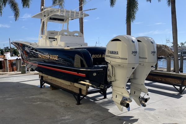 Picture Of: 33' Mag Bay 33 Center Console 2016 Yacht For Sale | 3 of 22