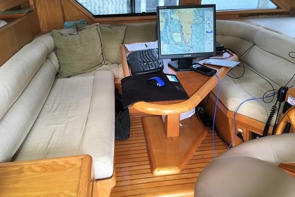 1991 Ocean Alexander 54' Cockpit Pilot House Sheena | Picture 2 of 64