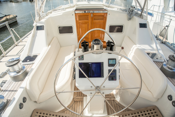 1999 Tayana 65' Tayana 65 PINTAIL | Picture 8 of 35