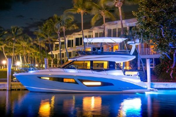 42' Regal 42 Fly 2018 | Linan