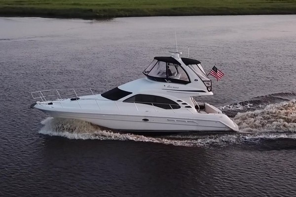 Picture Of: 44' Sea Ray 44 Sedan Bridge 2006 Yacht For Sale | 3 of 62