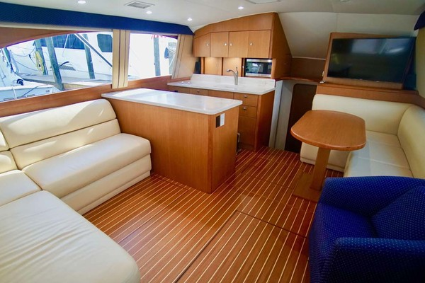 Picture Of: 43' Ocean Yachts 43 Super Sport 2002 Yacht For Sale | 3 of 41