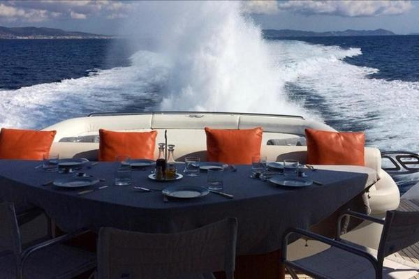 Picture Of: 90' Pershing 2007 Yacht For Sale | 4 of 85