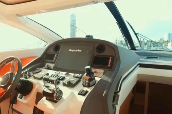 2013 Azimut 58' Atlantis 58 Cockpit Door Mar1   Picture 5 of 47