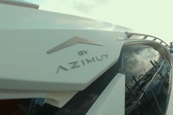 2013 Azimut 58' Atlantis 58 Cockpit Door Mar1   Picture 8 of 47