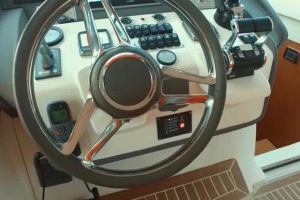 2013 Azimut 58' Atlantis 58 Cockpit Door Mar1   Picture 1 of 47