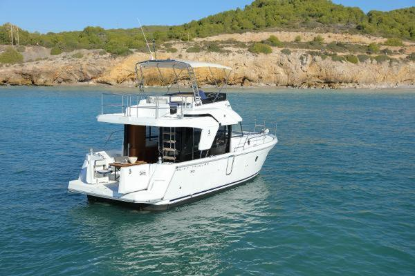 Picture Of: 37' Beneteau Swift Trawler 35 2020 Yacht For Sale | 3 of 13