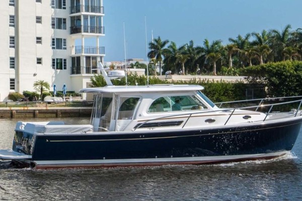 Picture Of: 42' Back Cove 37 Downeast 2015 Yacht For Sale | 1 of 57