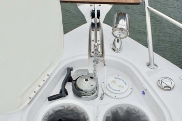Picture Of: 43' Four Winns H440 2015 Yacht For Sale | 4 of 36