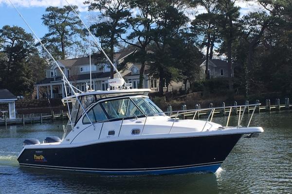 33' Pursuit 3370 Offshore 2006 | Fins Up