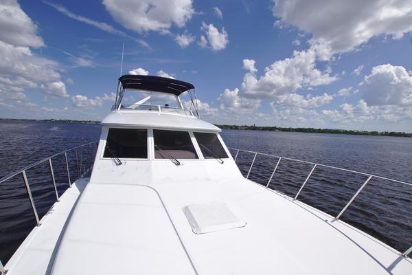2001 Navigator 56' 56 Piothouse Victory  | Picture 2 of 74
