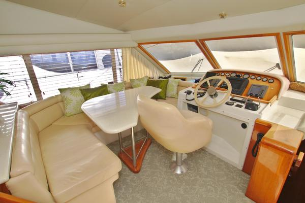 2001 Navigator 56' 56 Piothouse Victory  | Picture 4 of 74
