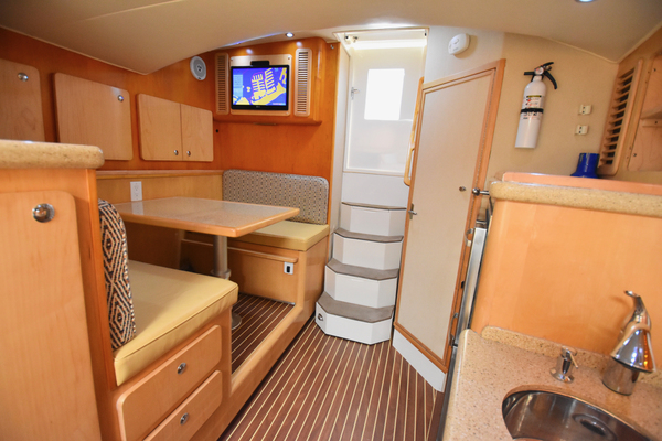 Picture Of: 38' Out Island 38 Express 2014 Yacht For Sale | 4 of 47