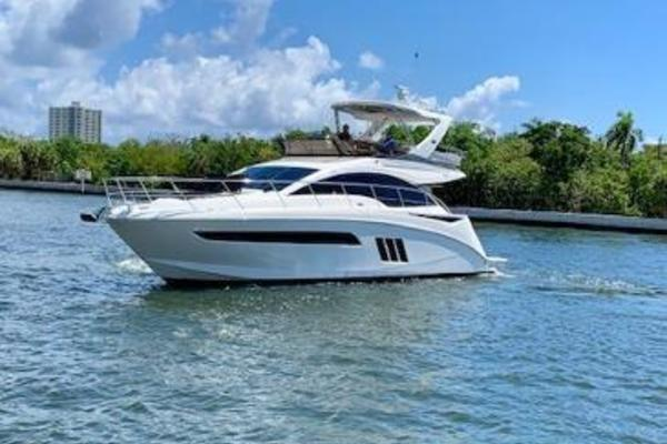 Picture Of: 51' Sea Ray 510 Fly 2015 Yacht For Sale | 3 of 35