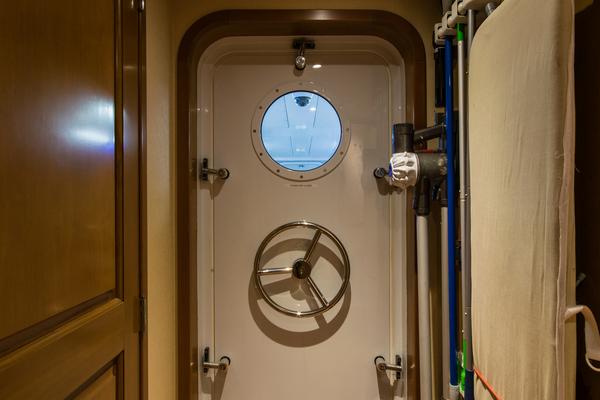 2003 Westship 103' Sportfish Yacht SVENGALI | Picture 2 of 83