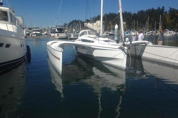 Picture Of: 32' Dragonfly 32 2016 Yacht For Sale   2 of 2