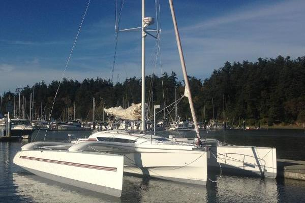 Picture Of: 32' Dragonfly 32 2016 Yacht For Sale   1 of 2