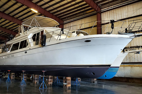 Picture Of: 57' Navigator 5700 Rival Pilothouse 2004 Yacht For Sale | 1 of 68