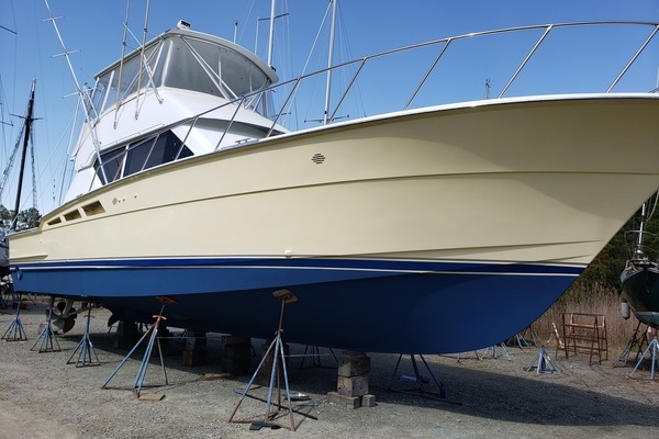 Picture Of: 50' Hatteras 50 Convertible 1998 Yacht For Sale | 1 of 63