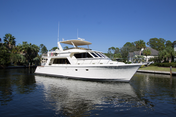 54' Offshore Yachts Pilothouse 2005 | Living The Dream