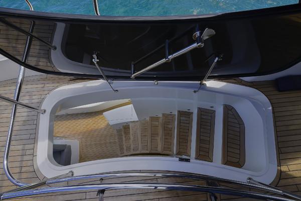 2016Sunseeker 86 ft    PURA VIDA