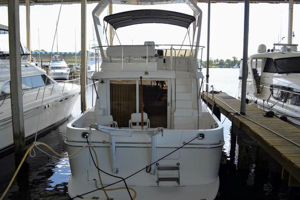 2005Ocean Alexander 48 ft 48 Altus