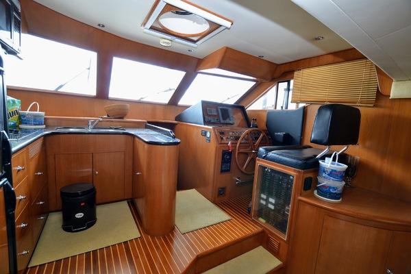 2005 Ocean Alexander 48' 48 Altus  | Picture 4 of 40