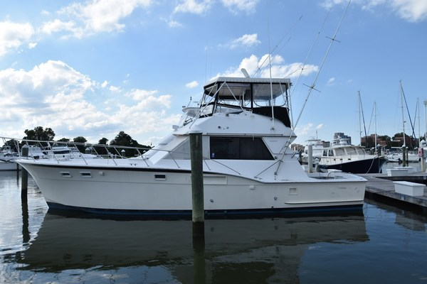 46' Hatteras 46 Convertible 1974 | Sea 21