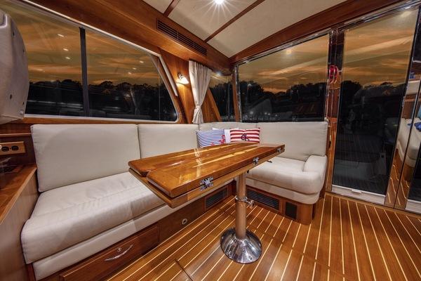 2016 Sabre 48' 48 Salon Express Delta V | Picture 4 of 51