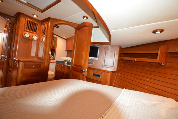 2004 Grand Banks 58' 58 Eastbay Cynthia D | Picture 3 of 112