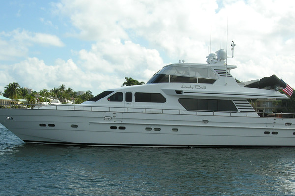 82' Horizon Flybridge Motor Yacht 2001 | Lady Bull