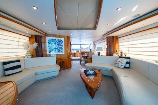 Picture Of: 82' Sunseeker 82 Manhattan 2004 Yacht For Sale | 4 of 87