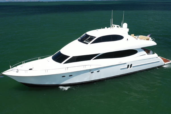 2006 Lazzara 80' 80 Skylounge  | Picture 5 of 54