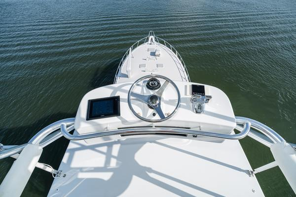 2008 Hatteras 60' 60 GT Ty Me Up | Picture 2 of 107