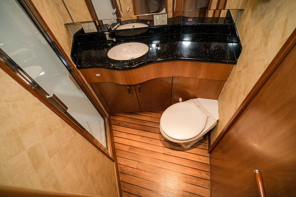 2008 Hatteras 60' 60 GT Ty Me Up | Picture 7 of 107