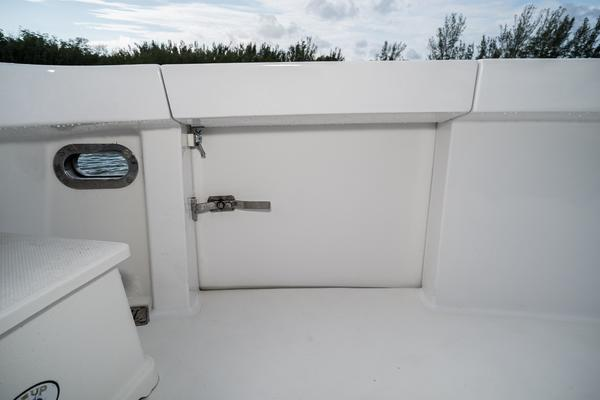 2008 Hatteras 60' 60 GT Ty Me Up | Picture 4 of 107