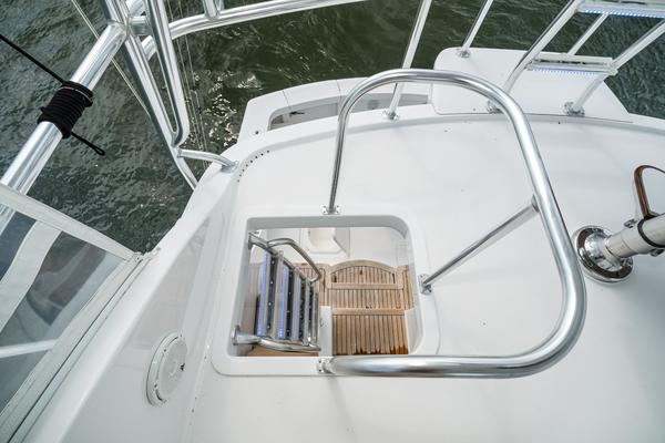 2008 Hatteras 60' 60 GT Ty Me Up | Picture 6 of 107