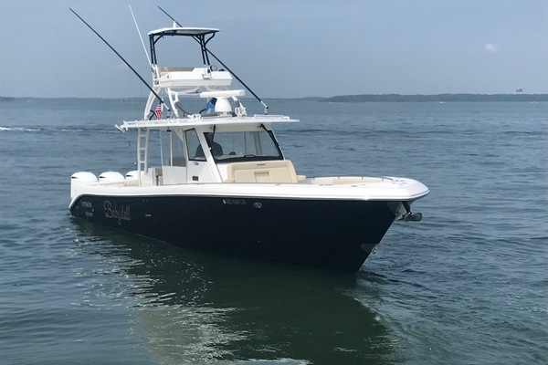Picture Of: 42' Everglades 435CC 2016 Yacht For Sale | 2 of 36
