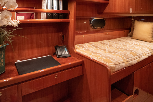 2009 Hampton 60' Motor Yacht Yes It's Necessary | Picture 7 of 45