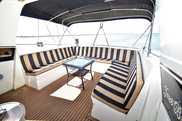 Hatteras Cockpit Motor Yacht 1989 Why Knot Just Be