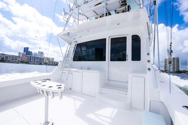 Picture Of: 55' Viking Convertible 2002 Yacht For Sale   4 of 78