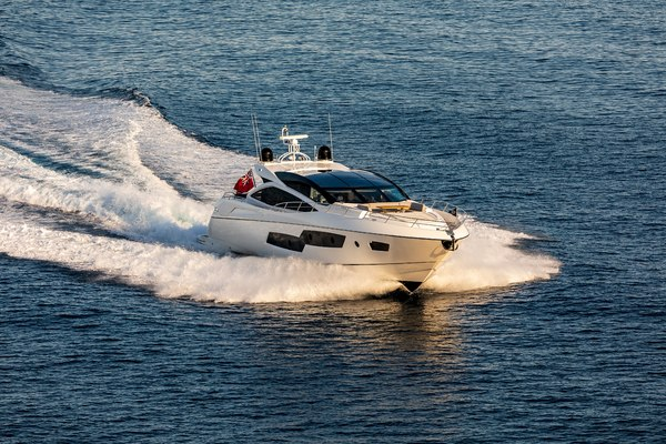 Picture Of: 81' Sunseeker Predator 80 2014 Yacht For Sale | 4 of 22