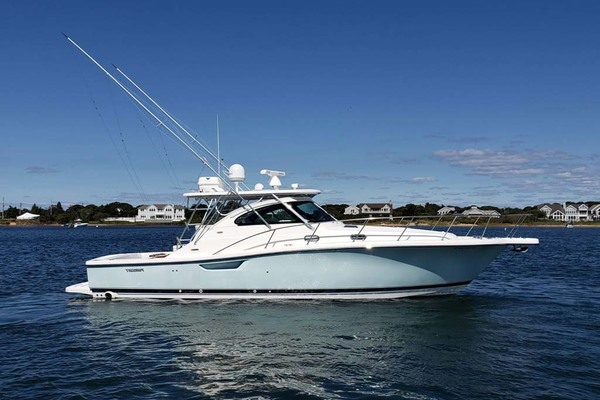 Picture Of: 40' Pursuit 3800 Express 2004 Yacht For Sale | 1 of 73
