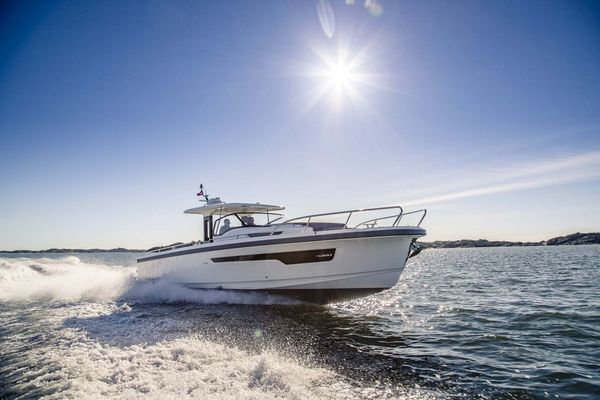 Picture Of: 40' Nimbus T11 2021 Yacht For Sale | 3 of 18