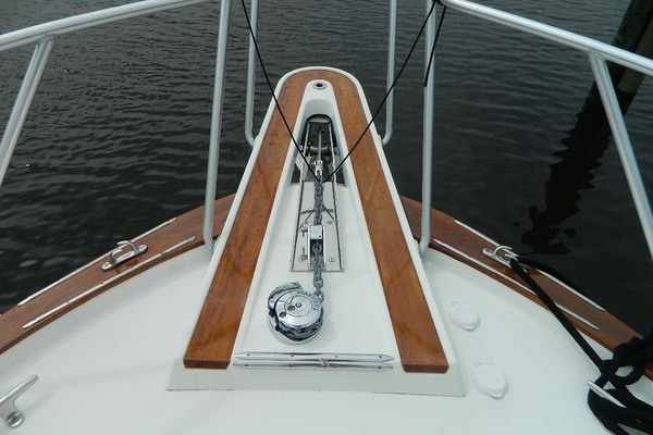 1988 Hatteras 52' 52 Sport Fisherman Iron Will | Picture 2 of 64