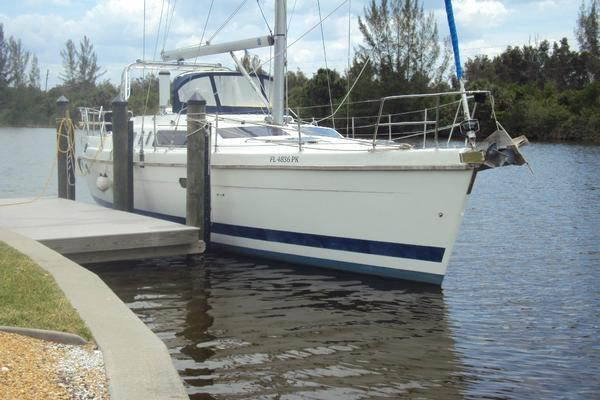 44' Hunter  1997 | Wyvern