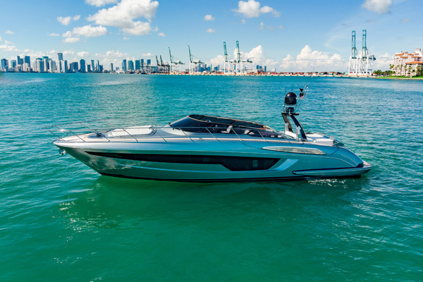 56-ft-Riva-2019-Cruiser-Danza Luna Fort Lauderdale Florida United States  yacht for sale